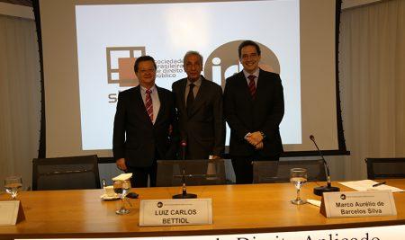LEI DOS PORTOS: Competição e Investimentos no Novo Modelo Portuário Brasileiro